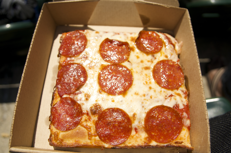 little caesars pizza beck 39 s stadium pizza blog. Black Bedroom Furniture Sets. Home Design Ideas